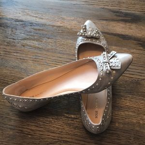 Sole Society Grey and Silver Flats